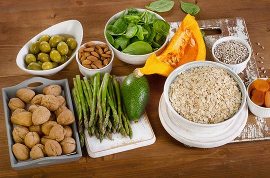 Чем полезны витамины для человека