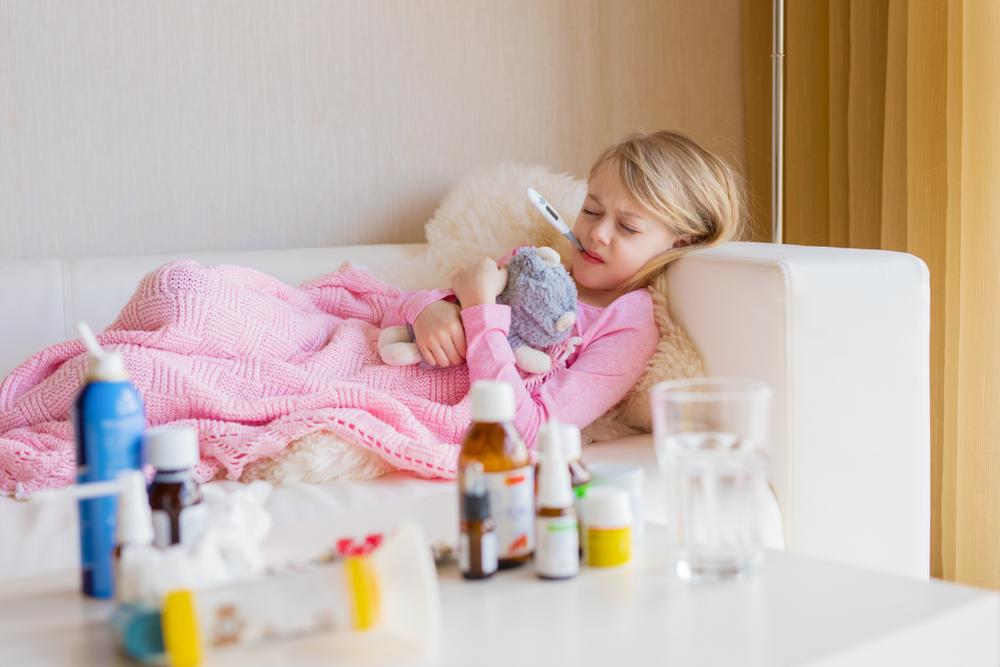 Что делать, если ребёнок отказывается принимать лекарство?