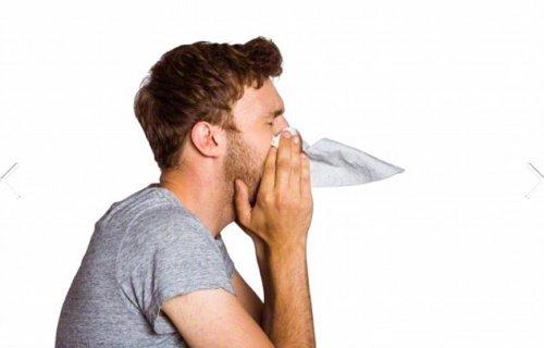 Причиной мужского гриппа названо низкое количество эстрогена