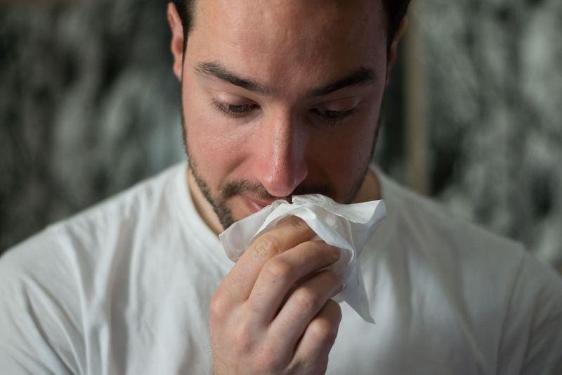 Чем отличаются грипп, ОРВИ, ОРЗ и простуда: учимся различать заболевания
