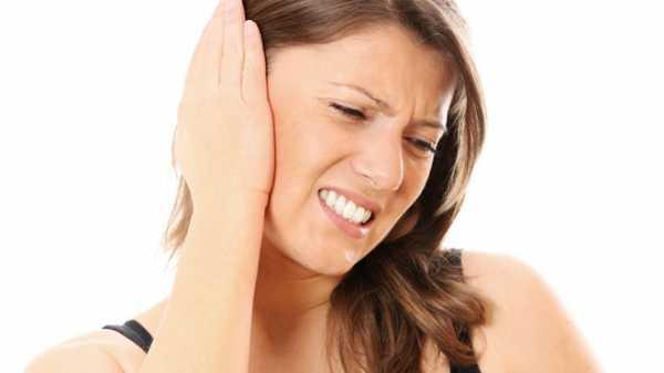 Заложенность ушей во время простуды: как правильно поступить