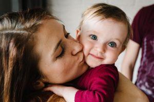 «Простуда» на губах: откуда она берется и как ее лечить