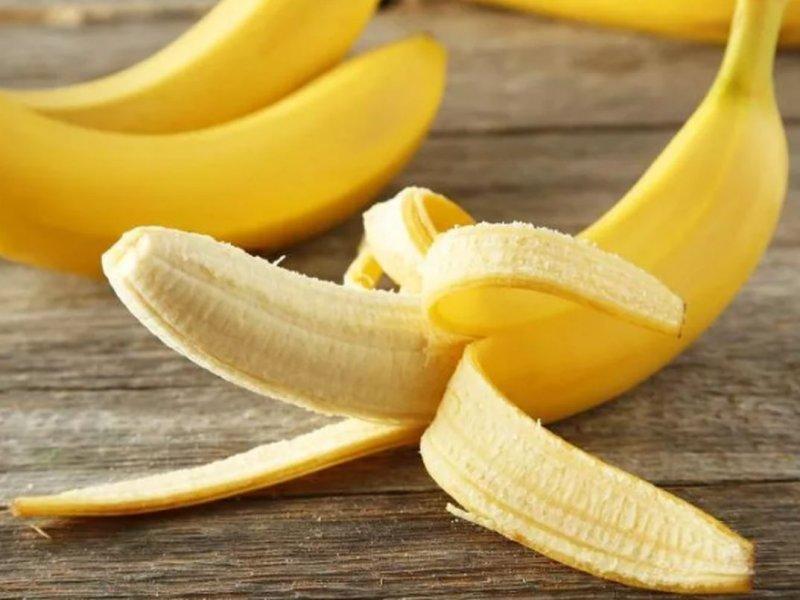 Почему после очищения бананов нужно обязательно мыть руки?