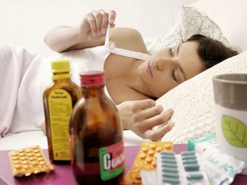 Врач указал на типичные ошибки, допускаемые в лечении простуды