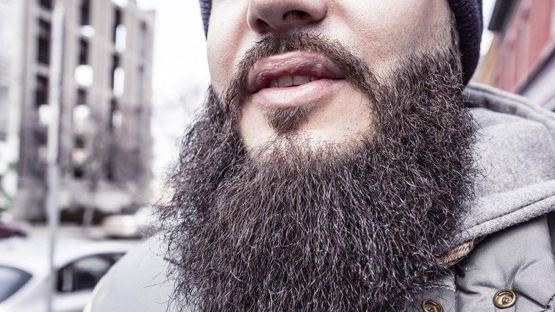 Россиянам порекомендовали не носить бороду в сезон гриппа и ОРВИ