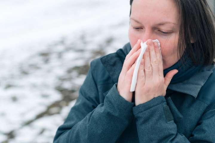 Почему на морозе появляется насморк