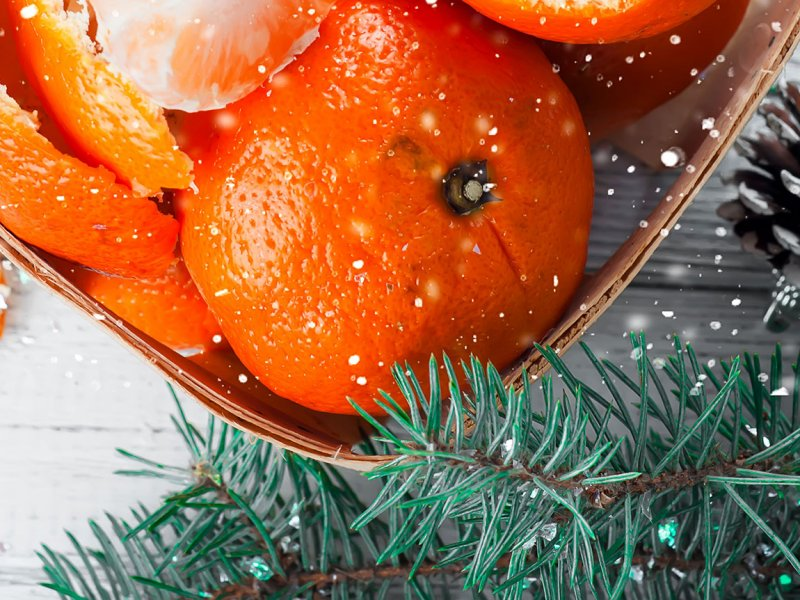 Иммунолог Андрей Продеус рассказал, почему не стоит увлекаться мандаринами