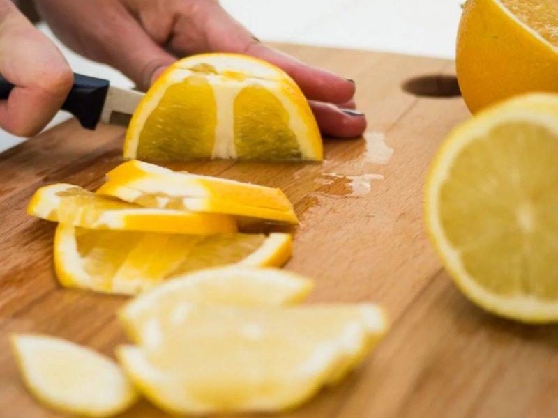 7 способов улучшить здоровье с помощью лимонов