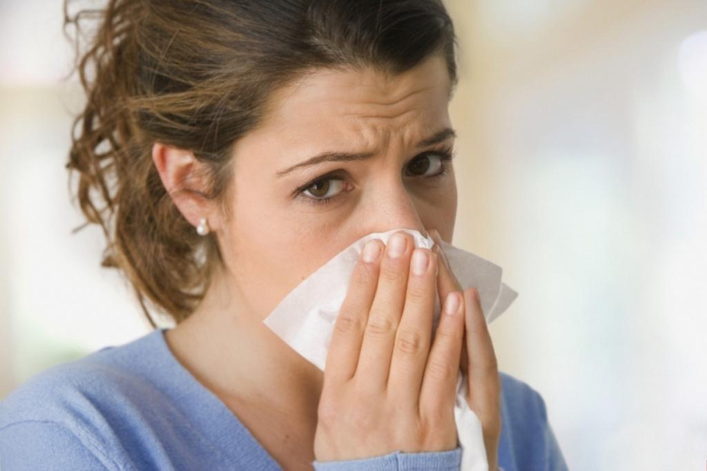 Заложенность носа и насморк: когда подозревать коронавирус?