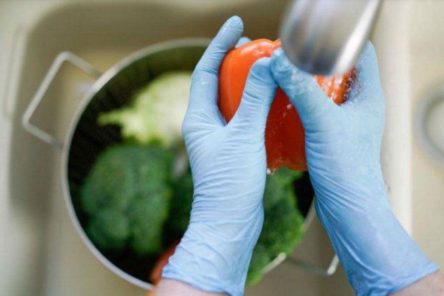 Стоит ли вытирать продукты для защиты от коронавируса?
