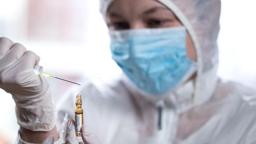 Врач назвал симптомы заражения COVID-19 после вакцинации